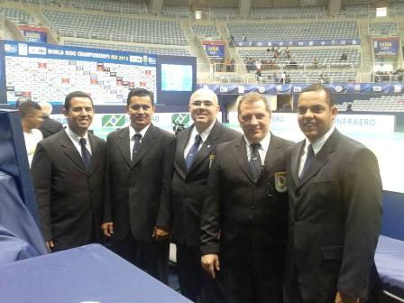 Arbitros Sub 23