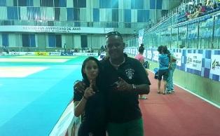 Bianca Vilma com seu técnico Alessandro Nascimento