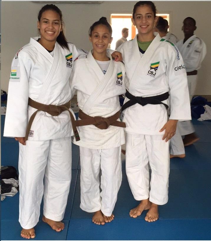 Vitória, Bianca e Milena prontas para disputar medalhas na Alemanha.